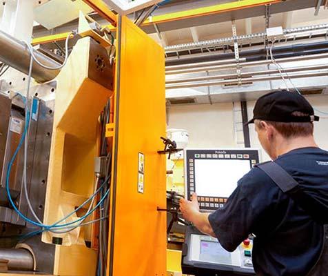 Oferta pracy - technik automatyk w firmie Plast-Box